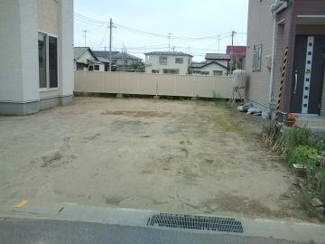 八戸I様邸ガーデンエクステリア工事始まります。