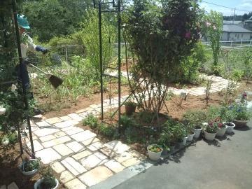 八戸T様邸ガーデンリフォーム完成しました。