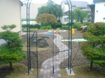 T様邸ガーデン再開です